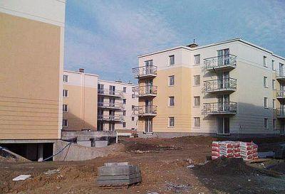 Ul. Żeglugi Wiślanej, Warszawa, Oś. Regaty – 2012r pow. 110m2 Naprawa pokrycia dachu płaskiego