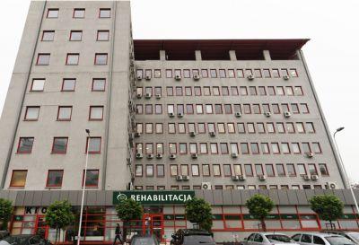 Ul. Cybernetyki 7b, Warszawa 2013r – Budynek usługowo biurowy pow. 1000m2 Kompleksowy remont pokrycia dachu nad lokalami